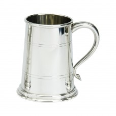 1 PT PEWTER TANKARD WELLS GLASS BASE